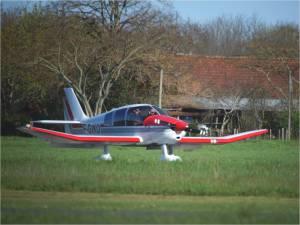 Le Robin de l'aeroclub de Périgueux à l'atterrissage