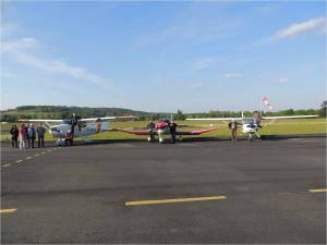 Les 3 avions de l'aéroclub réunis sur le tarmac
