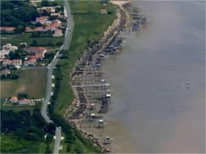 Les carrelets au sud de Port-des-Barques