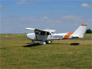 L'arrivée a chauvigny du Cessna 172