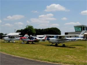les 3 avions de l-ASAP sur le tarmac de Chauvigny