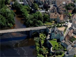 le pont de la Roche Pozay