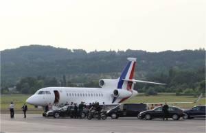 Embarquement à bord de l'avion présidentiel