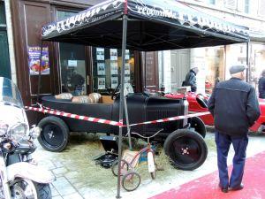 Les voitures de collection - rue de la clarté à Périgueux