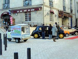 Le triporteur en ballade rue de la Clarté à Périgueux