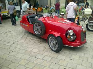 voiture 3 roues- lomax