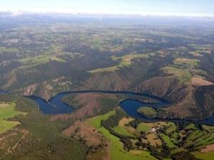 Le lac du barrage de Grandval
