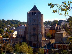 le clocher fortifié de Cassagnes-Bégonhès