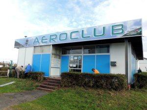 La nouvelle enseigne de l'aéroclub