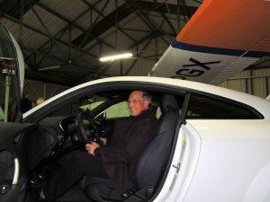 La nouvelle voiture de notre tresorier...........