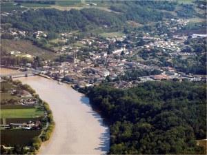 Le village de Branne en bordure de la Dordogne