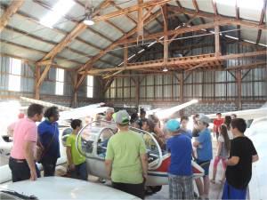 La visite du hangar Planeurs