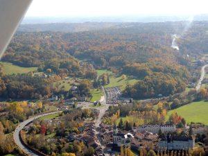 Le Village de Château l'Eveque