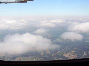 Au dessus des nuages en direction d'Aurillac au départ de Périgueux